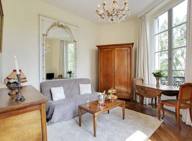 0- Ile Saint Louis-Paris-Seine river- Vavation Short term rental-Mimosa