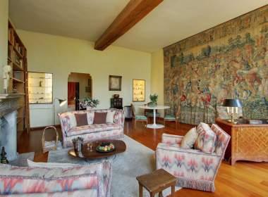 0-Luxury classic apartment to rent on Ile Saint Louis Paris