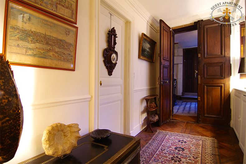 Capucine Central Accommodation For Rent In Paris