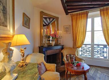 Ile Saint Louis apartment