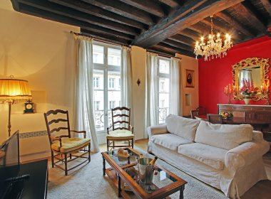 Ile Saint Louis apartment in Paris
