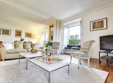0-Hyacinth-vacation apartment rental paris ile saint louis