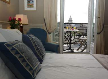 0-Luxury apartment on Ile Saint Louis in Paris