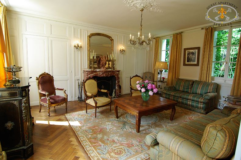 Manor house an exclusive property collection in normandy - Muebles estilo luis xv ...