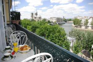 Eglantine Balcony