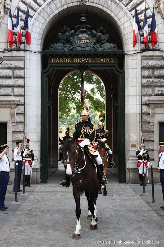 Paris-republic-guard-Celestin