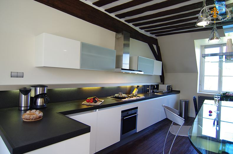 14 luxury apartments to rent on ile st louis kitchen paris anthurium - St Louis Kitchen