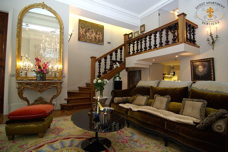 8 Luxury Apartment Paris Place Des Vosges Warm Living Room Short Term  Rental Pansy