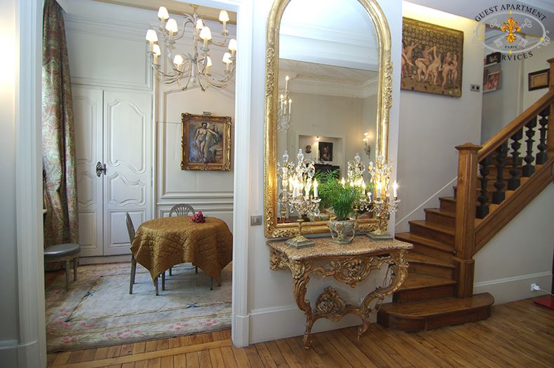 9 Luxury Apartment Paris Place Des Vosges Dinning Room To Rent