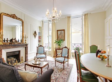 Luxury Apartments Bedrooms. A prestigious Family apartment on Ile Saint Louis  Learn more about Bluebell 2 bedrooms luxury apartments for rent in Paris