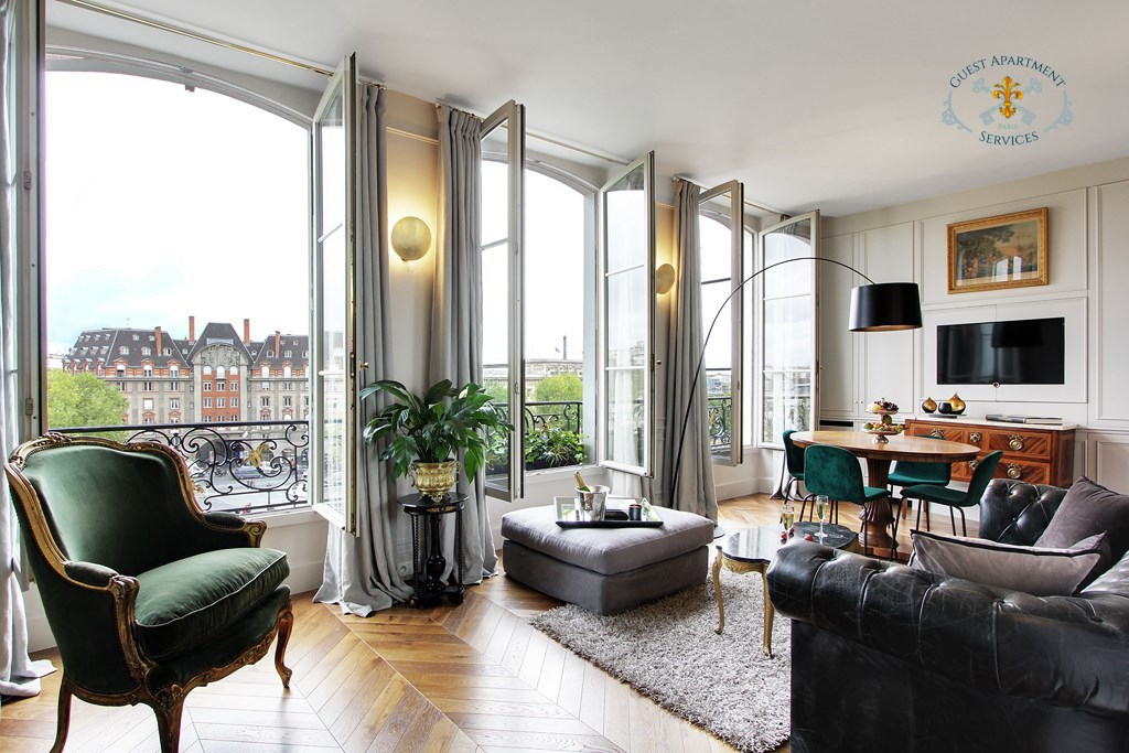 Acanthus guest apartment services paris for Hotel paris design luxe